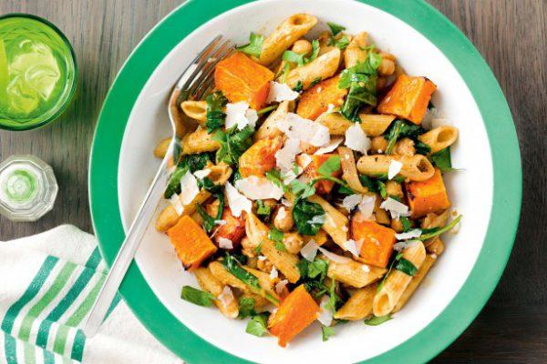 Pois chiches aux épices et pâtes aux épinards | Recette Santé OfficeMed